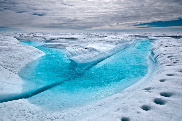 Greenland ice sheet melting stages