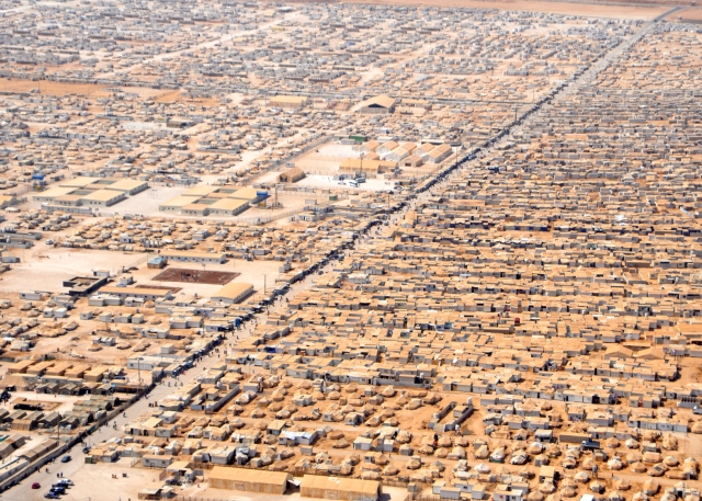 http://progressivegeographies.com/2016/02/23/images-of-refugee-camps-part-1-aerial-views/